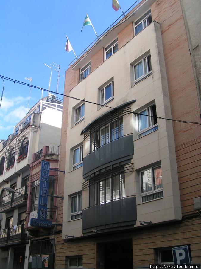 Гостиница с улицы