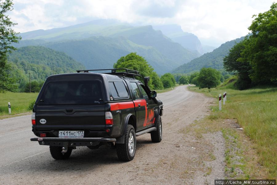 Перед въездом в Черекское ущелье