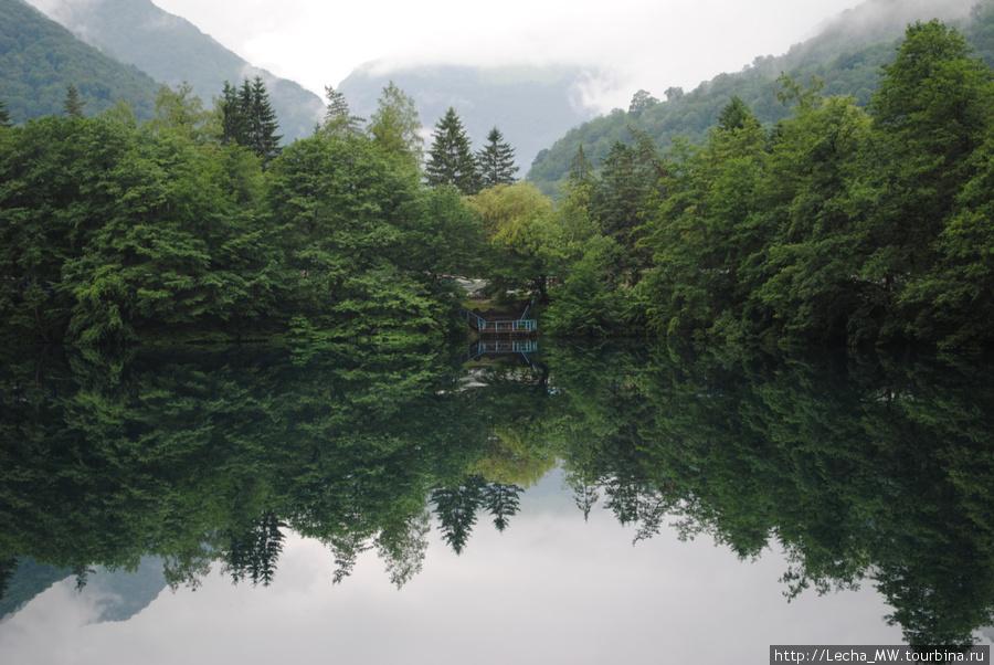 Озеро Церик-Кёль или Нижнее  Голубое