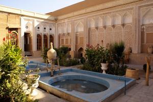 Внутренний двор Музея воды в Йезде