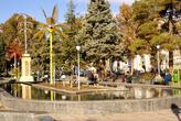 На центральной площади Казвина
