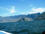 Озеро в конце каньона