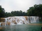 Второй — самый красивый каскад водопада