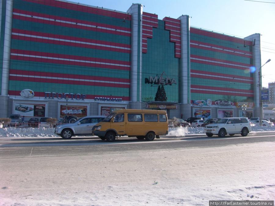 Легче всего ездить на желтых микроавтобусах — проезд 15 рублей