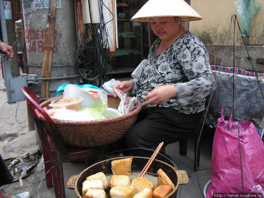 Halong City. Что ел — не помню... Помню, что было вкусно