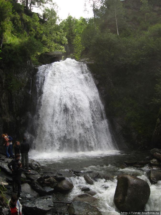 Водопад Корбу.
