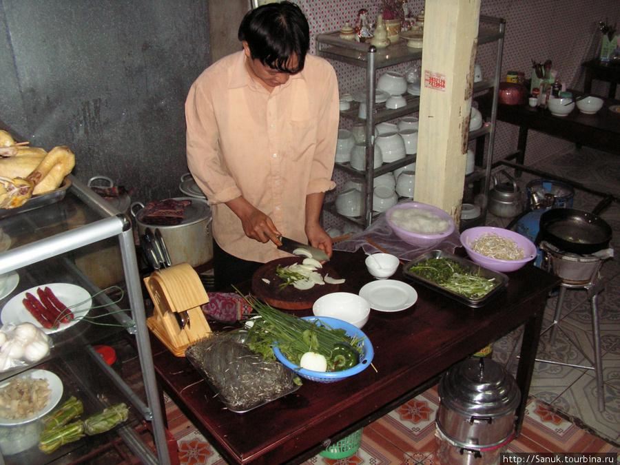 Dien Bien Phu. Здесь были очень рады приготовить для меня суп