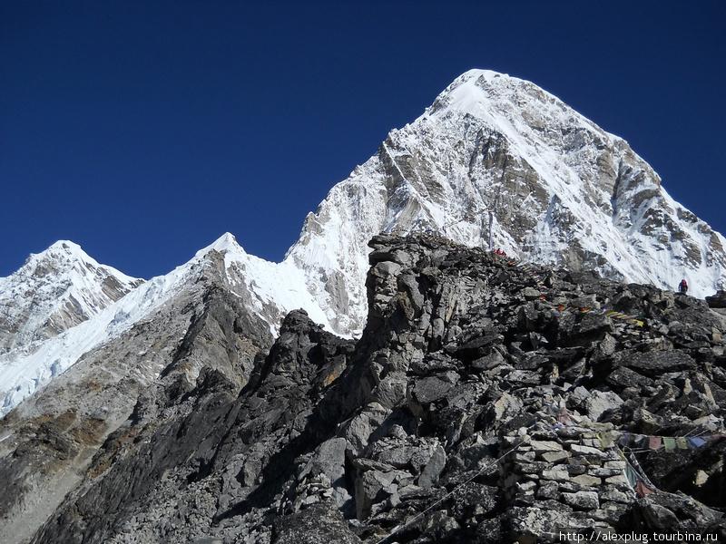 Вершина Кала Паттар совсем рядом