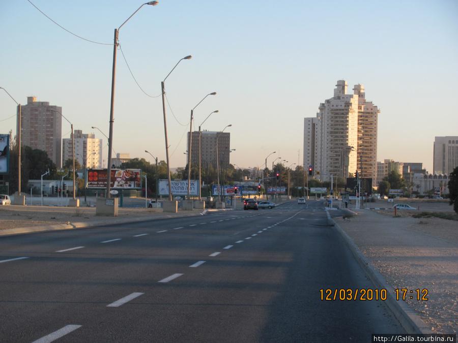 Въезд в Беер-Шеву по тель-авивской дороге.
