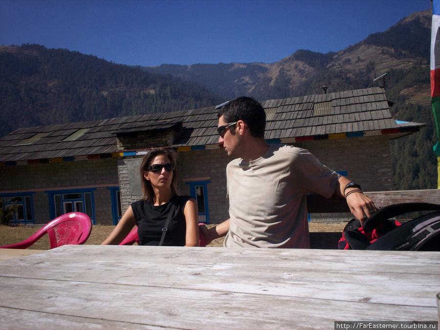 Французская пара из Прованса, которая путешествовала вместе с Моханом из Outfitters