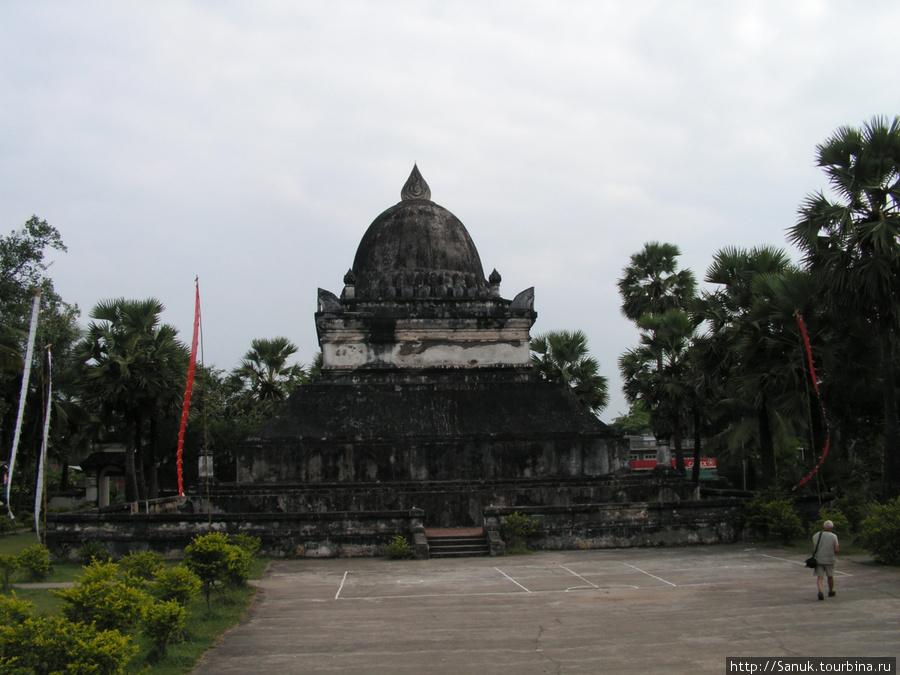 Luang Prabang. That Makmo