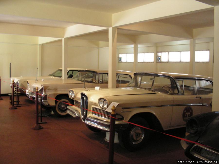 Luangprabang National Museum. Royal Cars Exhibition