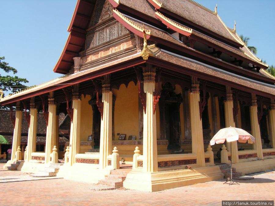 Вьентьян. Sisaket Museum