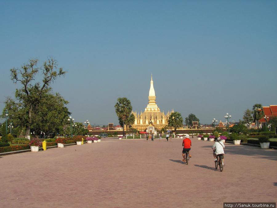 Вьентьян. Tat Luang