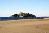 Пляж Изтузу и остров