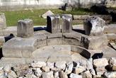 Основание храма в Кауносе