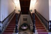 Парадная лестница в Музее Ататюрка в Измире