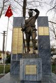 Памятник героям войны в Изнике