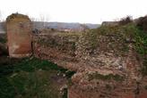 Руины крепостной стены античной Никеи