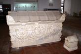 Римская гробница в Археологическом музее Изника