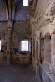 В заброшенной церкви в Каякёй
