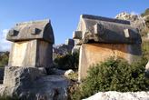 Гробницы на окраине Учагыза