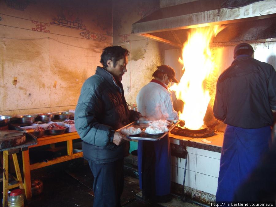 В кухне тибетской столово