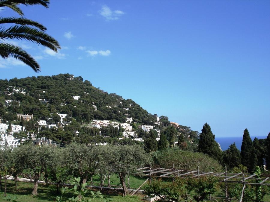 Виды острова Капри.