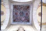 Потолок в галерее у мечети Султан Джами