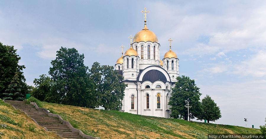 Храм-памятник в честь великомученика Георгия Победоносца.