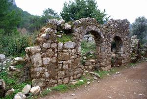 Руины Олимпа