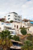 Агиа Галини — прекрасный город построенный на скалах. Весь в ступеньках, лестницах подъемах и спусках.