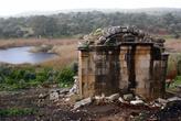 Руины у входа в Патару