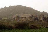 Холм и амфитеатр в ПАтаре