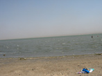 А это и есть соленое пресолёное озеро Джарылгач.