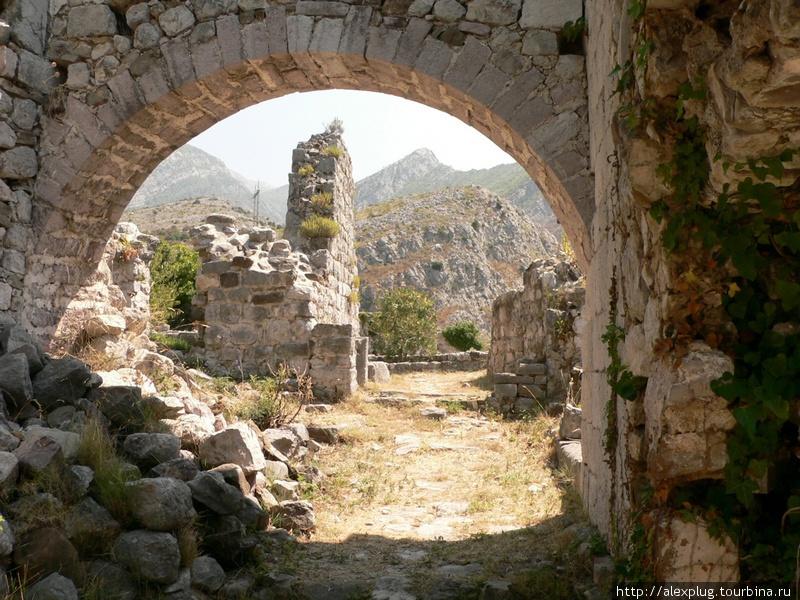 Крепость Старый Бар.