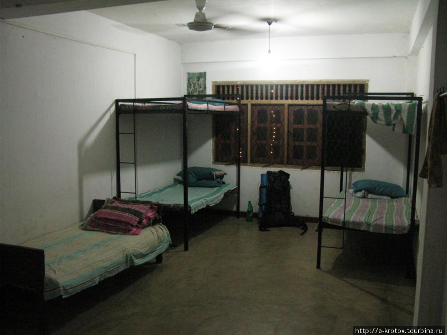 Комната, для проживания монахов (куда поселили меня)