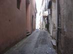 Вот такие улочки в горных городах Италии.
