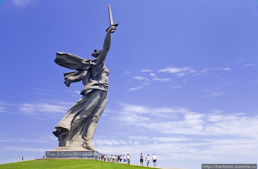 Памятник Родина — Мать