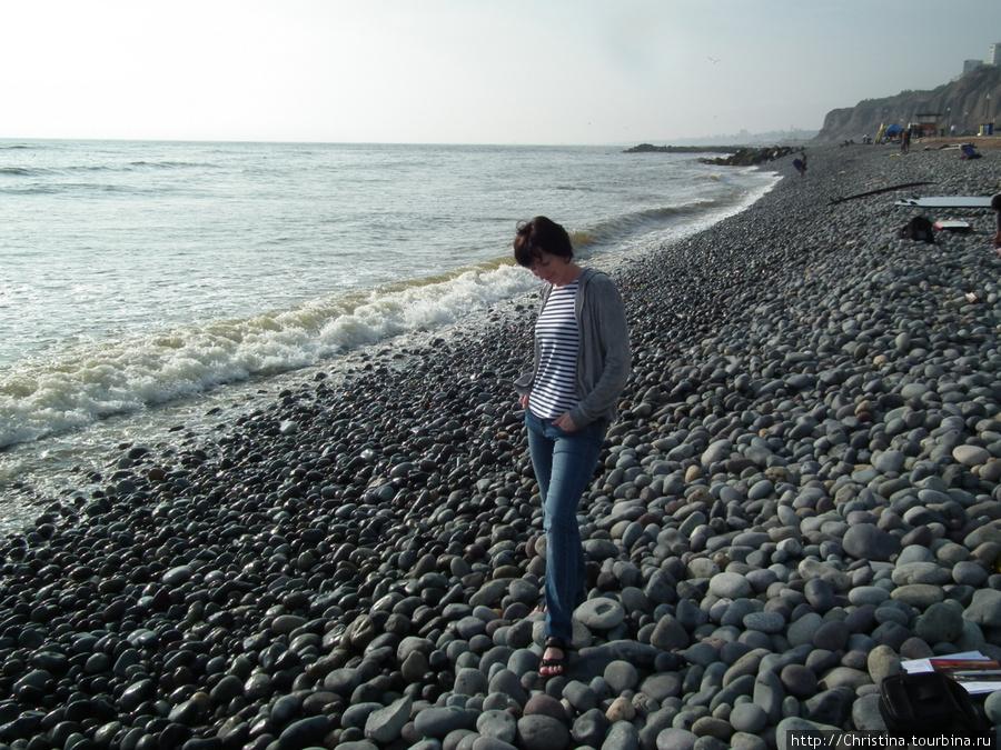 Морская тематика дня. Сифуд в Перу, набережная Лимы, каменный прибой Мирафлорес и я — морячка!