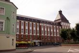 В центре Гусева — здание городской администрации