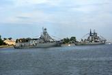 Крейсеры в проливе у Балтийска — тоже готовятся к параду