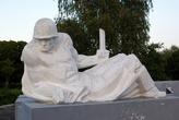 Памятник советскому солдату в Добровольске