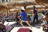 Вопли на пляже, массовке не платили, просто пришли на пляж (напротив отель, где часто останавливаются русские туристы), так дешевле.