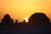 Рассвет в Белой пустыне
