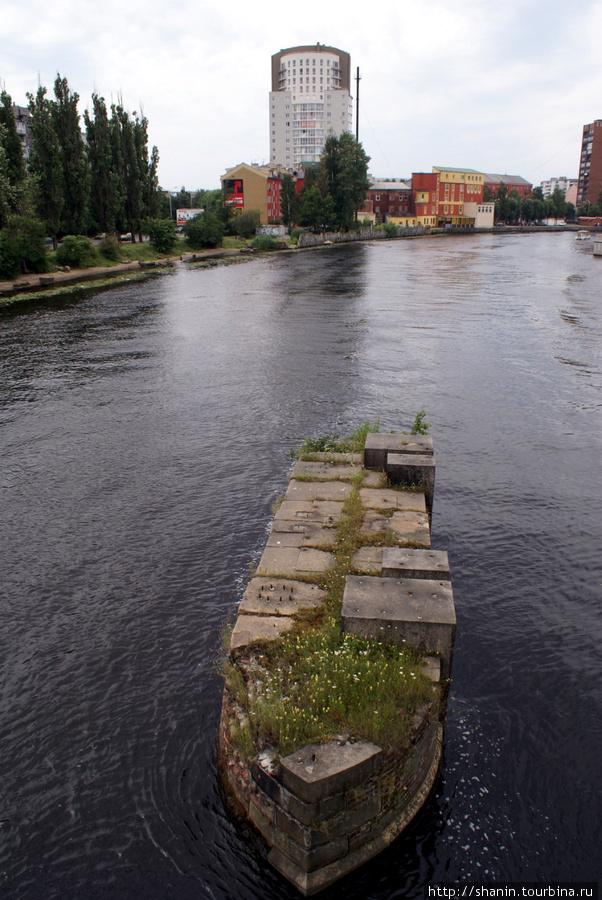 Опора моста Калининград, Россия