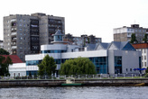 Музей мирового океана на берегу реки Преголя
