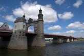 Мост королевы Луизы в Советске. На противоположном берегу уже Литва